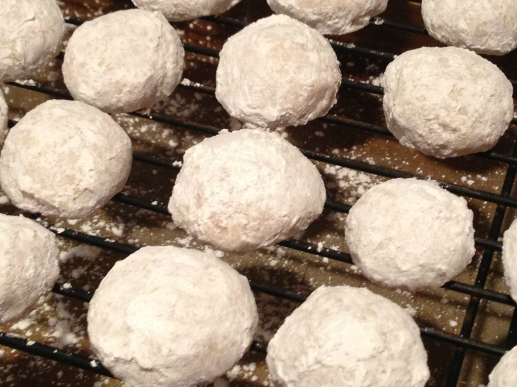 Mexican Wedding Cookies / Polvorones